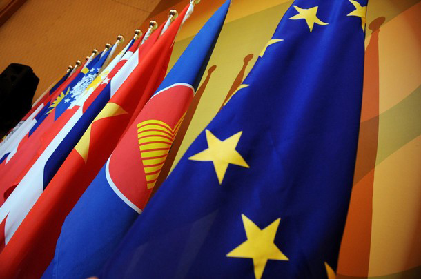 eu_asean_flags